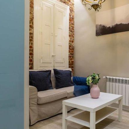 Rent this 3 bed apartment on Calle de las Virtudes in 14, 28001 Madrid