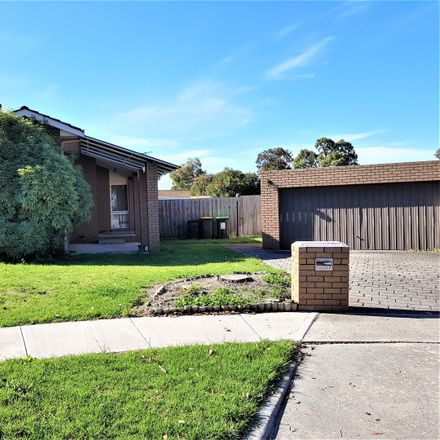 Rent this 3 bed house on 7 Bunya Court