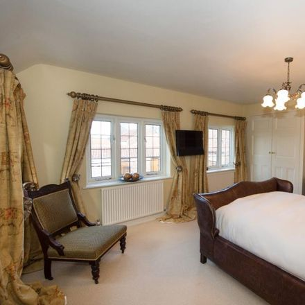 Rent this 5 bed house on Main Street in Harrogate YO26 9RE, United Kingdom