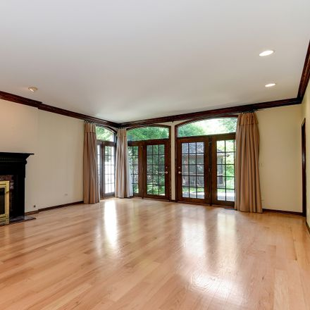 Rent this 4 bed house on 556 North Elm Street in Hinsdale, IL 60521