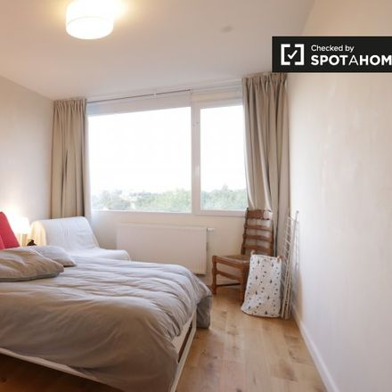 Rent this 1 bed apartment on 1050 Ixelles - Elsene