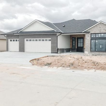 Rent this 3 bed house on N Dublin Ct in Wichita, KS
