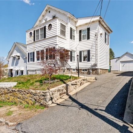 Rent this 5 bed apartment on 76 Thomas Street in Woonsocket, RI 02895