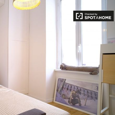 Rent this 2 bed room on Via degli Umbri in 25, 00185 Rome RM
