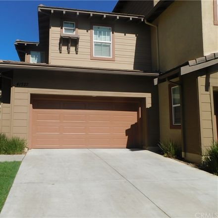 Rent this 3 bed condo on S Canyon Dr in Sun City, CA