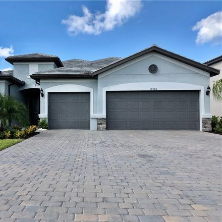 Rent this 3 bed house on Estero