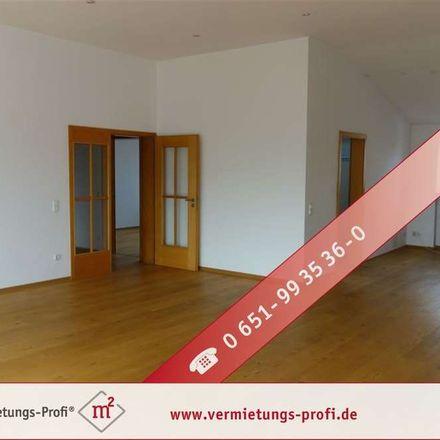 Rent this 4 bed duplex on Rechnungshof Rheinland-Pfalz (Außenstelle Trier) in Friedrich-Wilhelm-Straße 20, 54290 Trier