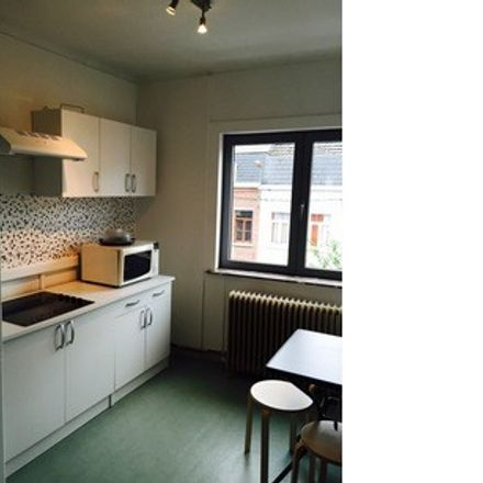 Rent this 1 bed room on Avenue Saint-Pierre in 7000 Mons, Belgium