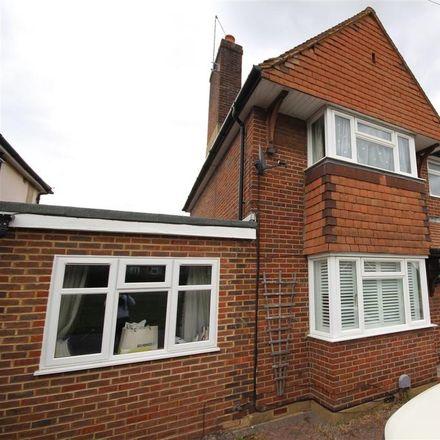 Rent this 6 bed house on 140 Aldershot Road in Guildford GU2 9TD, United Kingdom