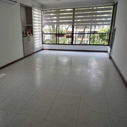 Rent this 4 bed apartment on Carrera 74 in Comuna 17, 760001 Perímetro Urbano Santiago de Cali