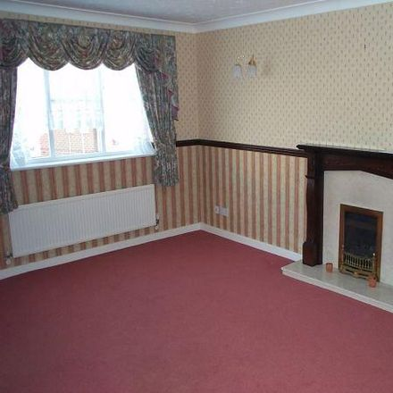 Rent this 3 bed house on Fuchsia Drive in Wolverhampton WV9 5SA, United Kingdom