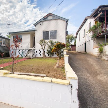 Rent this 3 bed house on 12 Abingdon Street