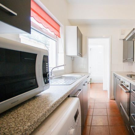 Rent this 3 bed house on 22 Luton Road in Birmingham B29 7BN, United Kingdom