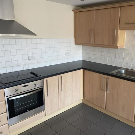 Rent this 3 bed apartment on Shaws Alley in Liverpool L1 8DG, United Kingdom