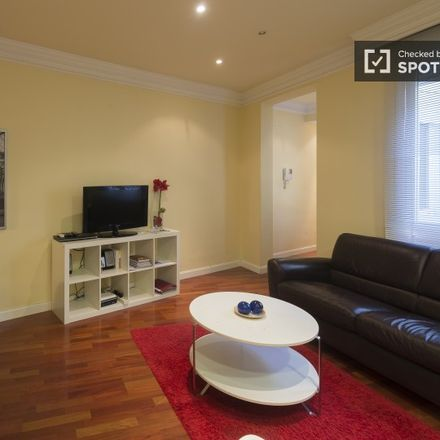 Rent this 1 bed apartment on Room Mate Oscar Hotel in Plaza de Pedro Zerolo, 12