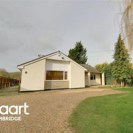 Rent this 3 bed house on West Drive in South Cambridgeshire CB23 7NY, United Kingdom