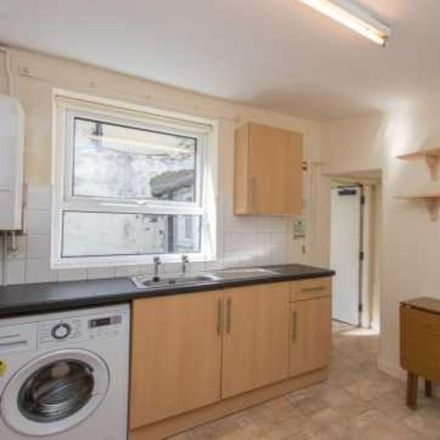 Rent this 3 bed room on Field Street in Bangor LL57 2HB, United Kingdom
