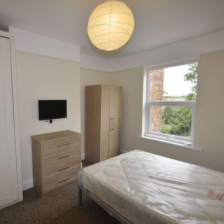 Rent this 5 bed room on St Mark's Methodist Church in Stow Court, Cheltenham GL51 8PX