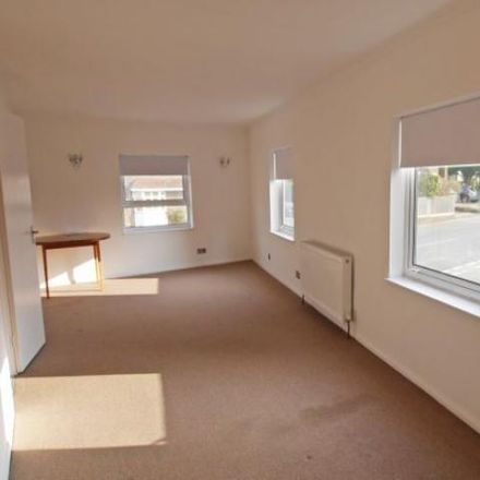 Rent this 3 bed apartment on The Hollies in Horsham RH12 4BJ, United Kingdom