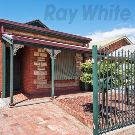 Rent this 2 bed house on 181 South Road