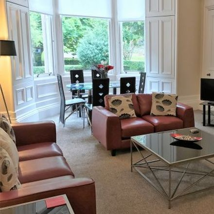 Rent this 3 bed apartment on 11 Rosslyn Terrace in Glasgow G12 9NB, United Kingdom