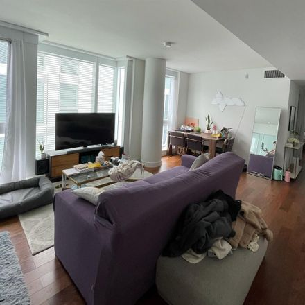 Rent this 1 bed room on Fulton 555 in Fulton Street, San Francisco