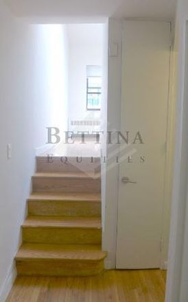 Rent this 1 bed apartment on 104 East 31st Street in New York, NY 10016