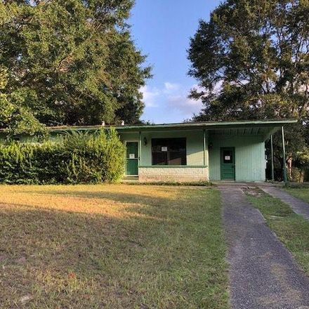 Rent this 3 bed house on 913 Clearview Ave in Pensacola, FL