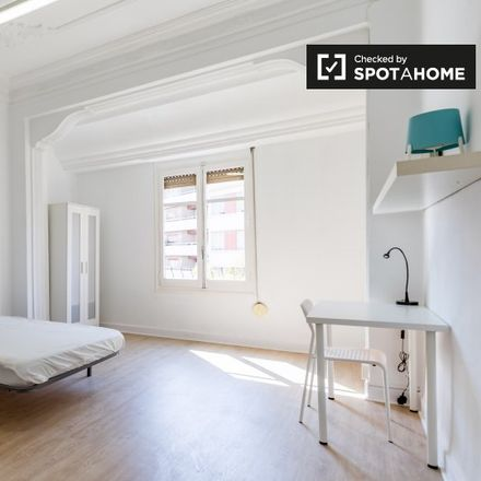 Rent this 7 bed apartment on Egunon in Carrer d'Alberic, 46007 Valencia