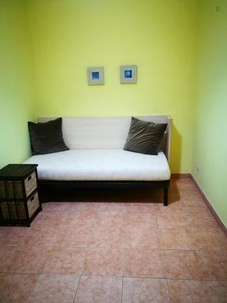 Rent this 4 bed room on Carrer de Maria Antònia in 08198 Sant Cugat del Vallès, Spain