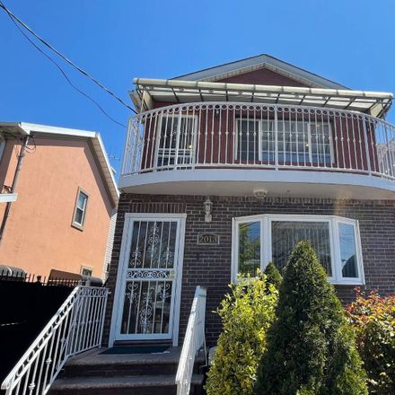 Rent this 3 bed apartment on E 53rd St in Brooklyn, NY