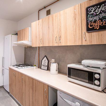 Rent this 8 bed room on Gdańska 46 in 90-730 Łódź, Polska