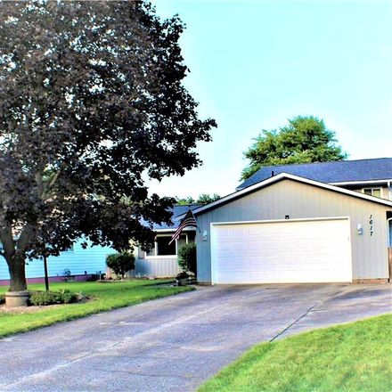 Rent this 3 bed house on 1617 Wiltshire Drive in Brunswick, OH 44212