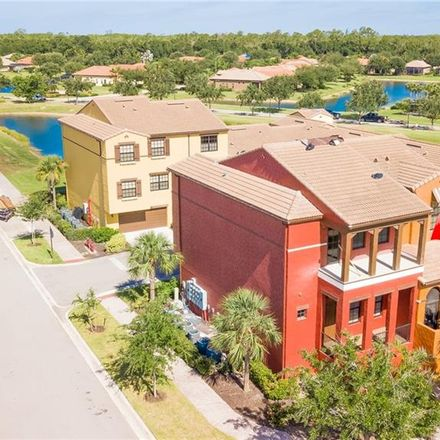 Rent this 3 bed condo on Fort Myers