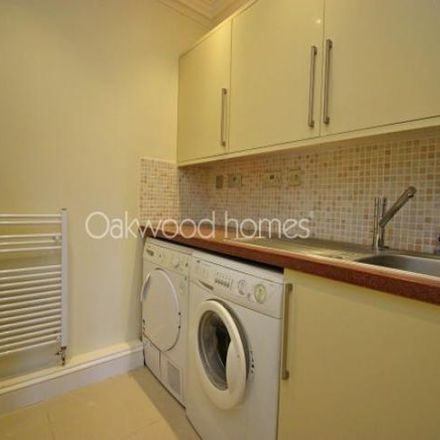Rent this 4 bed house on Chapel Court in King Street, Margate CT9 1QJ