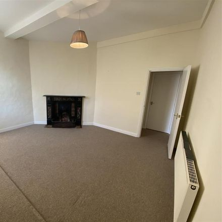 Rent this 1 bed apartment on The Cake Box Tea Room & Patisserie in Broad Street, Forest of Dean GL18 1AQ