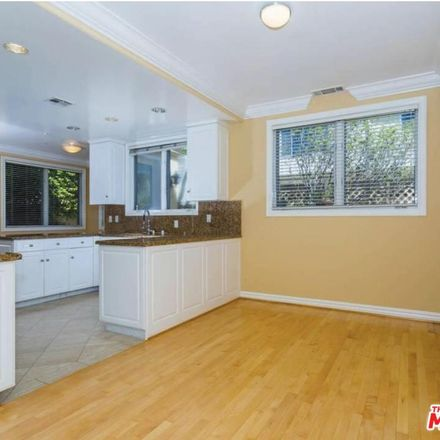 Rent this 2 bed condo on 843 15th Street in Santa Monica, CA 90403