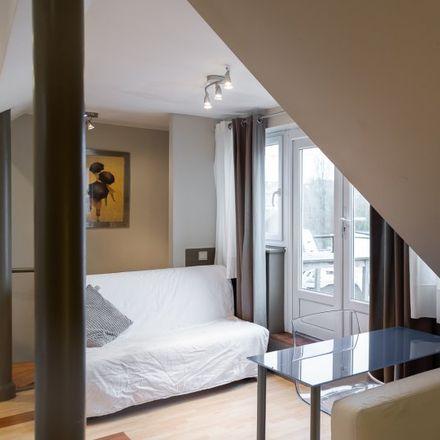 Rent this 1 bed apartment on Rue Philippe Baucq - Philippe Baucqstraat 6 in 1040 Etterbeek, Belgium