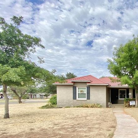 Rent this 3 bed house on 510 South M Street in Midland, TX 79701