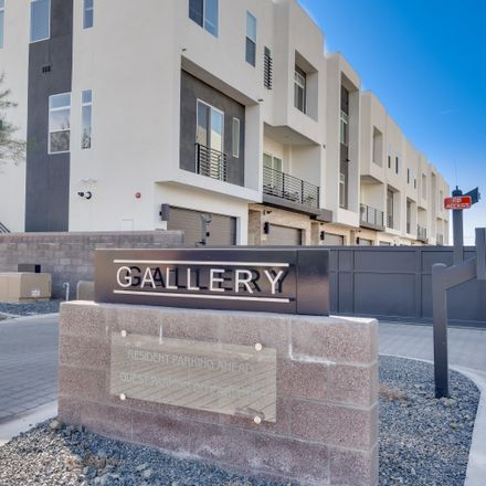 Rent this 3 bed townhouse on 3123 North 71st Street in Scottsdale, AZ 85251