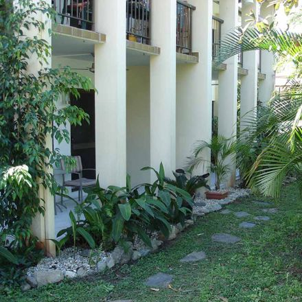Rent this 2 bed apartment on 1/19 Hibiscus Lane