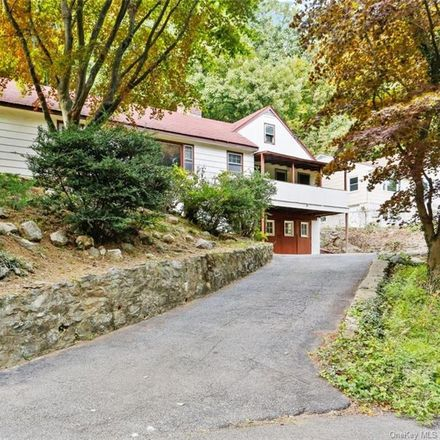 Rent this 3 bed house on Sarles Lane in Pleasantville, NY 10570