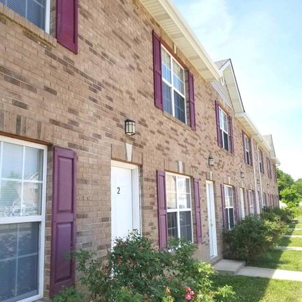 Rent this 2 bed townhouse on 143 Northtowne St in Lebanon, IL 62254