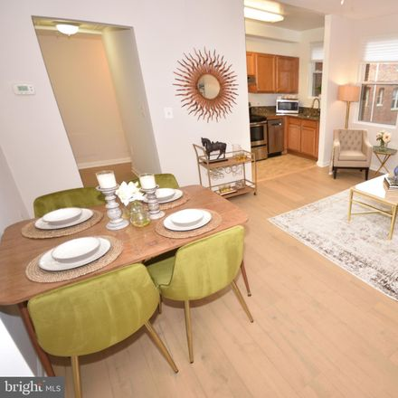 Rent this 1 bed condo on 1458 Columbia Road Northwest in Washington, DC 20009