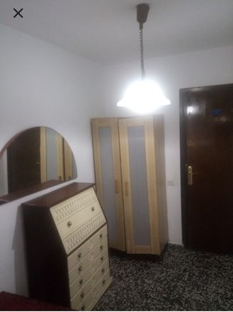 Rent this 4 bed room on la petite lupe bistro in Carrer de Vidal de Blanes, 46024 Valencia