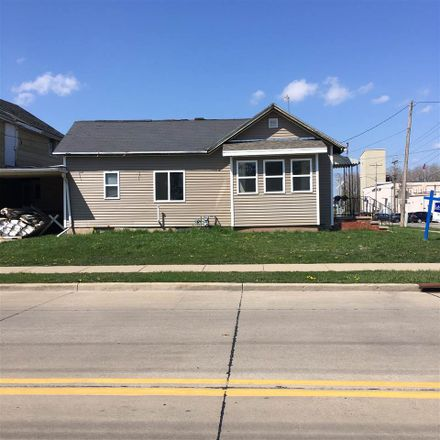 Rent this 2 bed house on 303 Gertrude Street in Kaukauna, WI 54130
