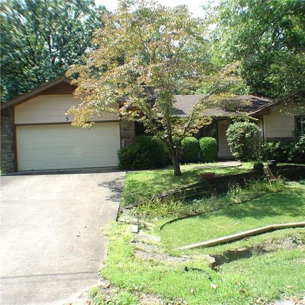 Rent this 3 bed house on 3 Blandford Lane in Bella Vista, AR 72715