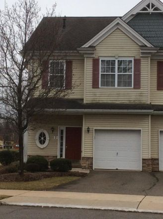 Rent this 3 bed condo on Oxford Court in Englishtown, NJ 07726