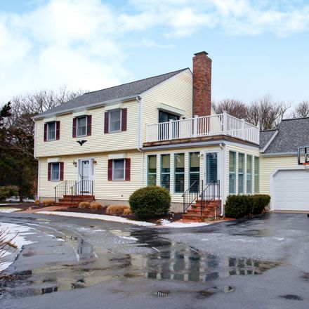 Rent this 3 bed house on 180 Green Dunes Drive in Barnstable, MA 02672