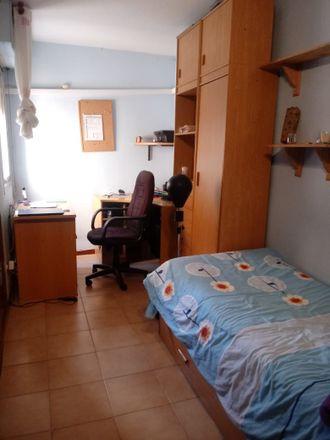 Rent this 3 bed room on Calle General Herrera in 28805 Alcalá de Henares, Spain